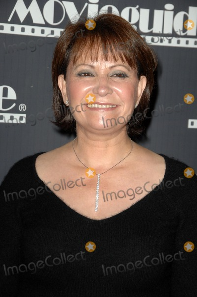 Adriana Barraza Photo - Adriana Barrazaat the 17th Annual Movieguide Faith and Values Awards Gala Beverly Hilton Hotel Beverly Hills CA 02-11-09