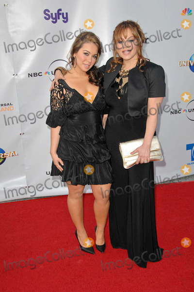 Chiquis Marin Photo - Jenni Rivera and Janney Chiquis Marinat The Cable Show 2010 An Evening With NBC Universal Universal Studios Universal City CA 05-12-10