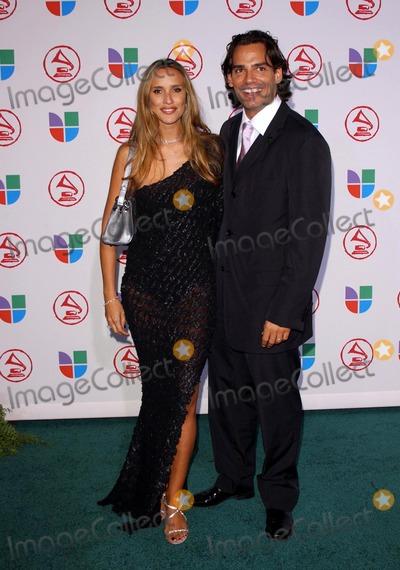 Angelica Castro Photo - Angelica Castro and Cristian De La Fuenteat the 6th Annual Latin Grammy Awards Shrine Auditorium Los Angeles CA 11-03-05