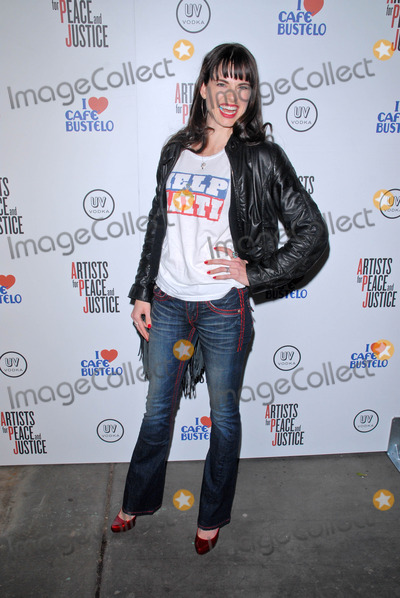 Amy Bailey Photo - Amy Baileyat the Artists for Peace and Justice Artists for Haiti benefit Track 16 Gallery Santa Monica CA 01-28-10