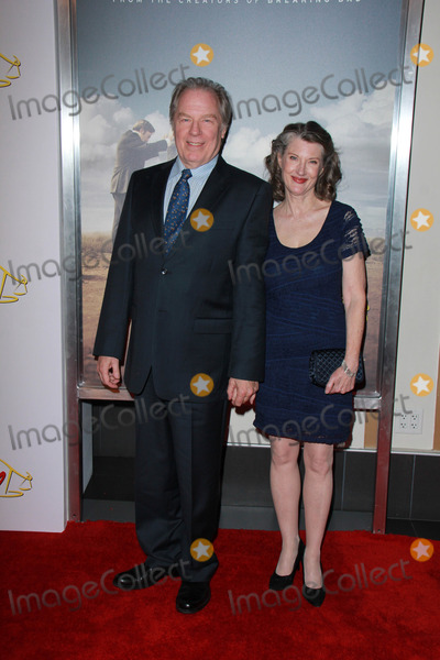 Annette OToole Photo - Michael McKean Annette OTooleat the Better Call Saul Series Premiere Screening Regal Cinemas Los Angeles CA 01-29-15