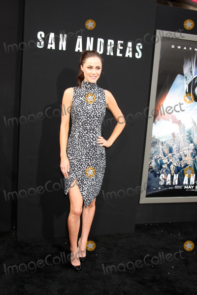 Alexandra Park Photo - Alexandra Parkat the San Andreas Los Angeles Premiere TCL Chinese Theater Hollywood CA 05-26-15