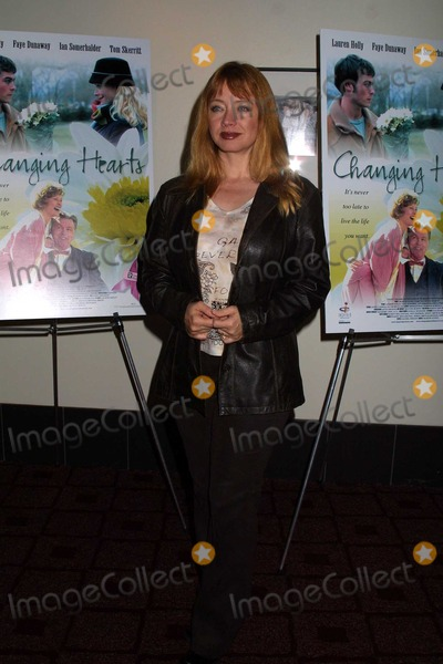 Andrea Evans Photo - Andrea Evans at the premiere of Changing Hearts at the ArcLight Theaters Hollywood CA 11-04-03
