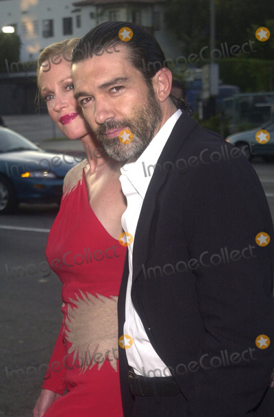 Melanie Griffith Photo - Antonio Banderas and Melanie Griffith at the preniere of MGMs Orignial Sin at the Directors Guild of America Hollywood 07-31-01