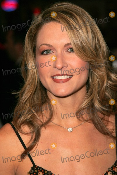 Ali Hillis Photo - Ali Hillisat the premiere of Kiss Kiss Bang Bang on the opening night of the 9th Annual Hollywood Film Festival Graumans Chinese Theatre Hollywood CA 10-18-05