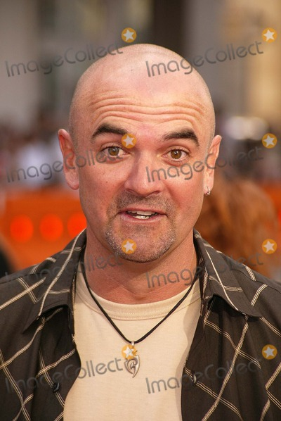 Scooby-Doo Photo - Neil Fanning at the World Premiere of Warner Bros Scooby Doo 2 Monsters Unleashed at the Chinese Theater Hollywood CA 03-20-04