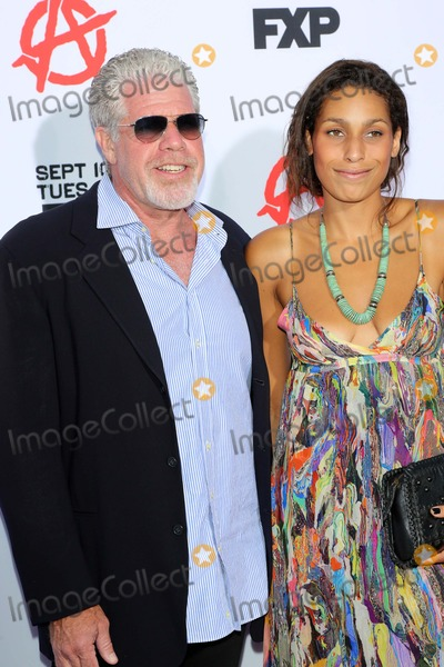 Blake Perlman Photo - Ron Perlman Blake Perlmanat the Sons of Anarchy Season Six Premiere Screening Dolby Theatre Hollywood CA 09-07-13
