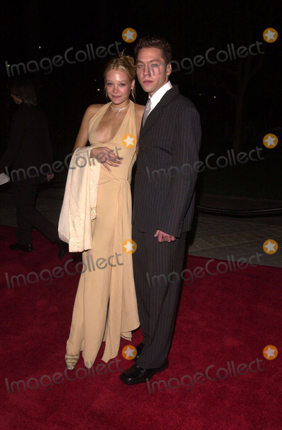 Alexandra Holden Photo -  Alexandra Holden and Michael Weston at the premiere of Paramount Pictures Lucky Numbers in Hollywood 10-24-00