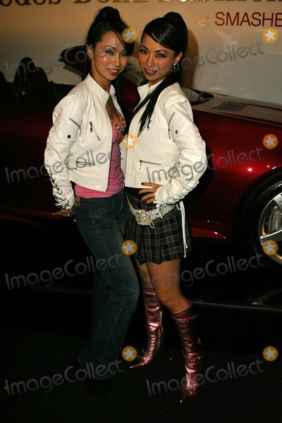 Fantasy Twins Photo - Fantasy Twins at the Mercedes Benz Fashion Week Arrivals Smashbox Studios Culver City CA 03-18-05