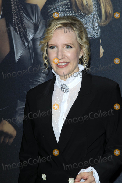 Trish Sie Photo - Trish Sieat the Pitch Perfect 3 Premiere Dolby Theater Hollywood CA 12-12-17