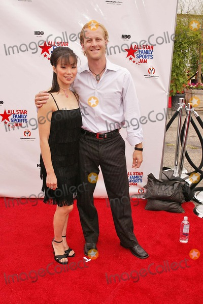 John Baldwin Photo - Rena Inoue and John Baldwin at the first ever All Star Family Sports Jam to benefit Childrens Hospital Los Angeles Barker Hanger Santa Monica CA 06-19-04