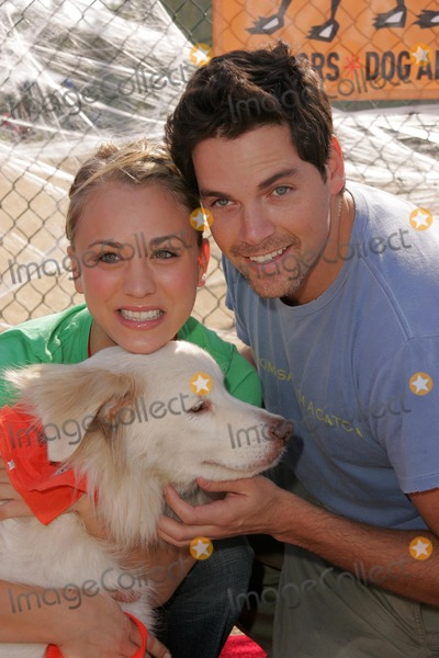 Bow Wow Photo - Kaley Cuoco and Jaron Lowensteinat the Fourth Annual Much Love Animal Rescue Bow Wow Ween Barrington Dog Park Los Angeles CA 10-30-05
