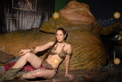 Shae Photo - Shae Strandeferat the Slave Leia day tour and photo shoot with Jabba the Hutt featuring members of LeiasMetalBikinicom and CelebrityCosplaycom Gentle Giant Studios Burbank CA 07-16-10