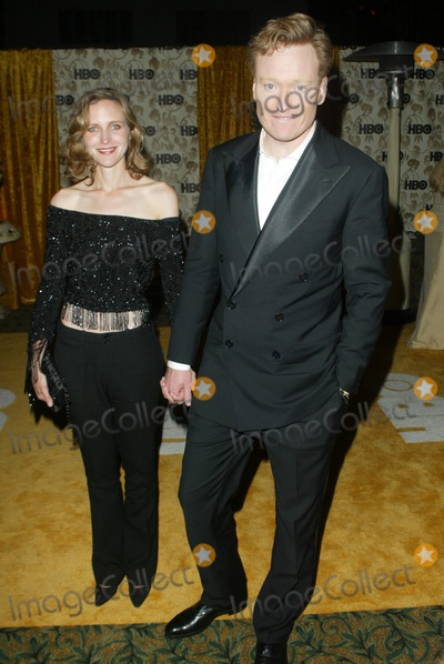 Conan OBrien Photo - Conan OBrien and wife Liza Powell at the HBO Post-Emmy party Spago Beverly Hills CA 09-22-02
