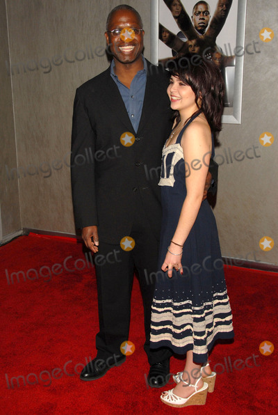 Andre Braugher Photo - Andre Braugher and Mae Whitmanat the FX premiere of the new series Thief Pacific Design Center West Hollywood CA 03-21-06