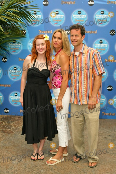 Ashley Johnson Photo - Ashley Johnson Chelsea Noble and Kirk Cameron at the ABC Primetime Preview Weekend - Day Two at Disneys California Adventure Anaheim CA 09-12-04