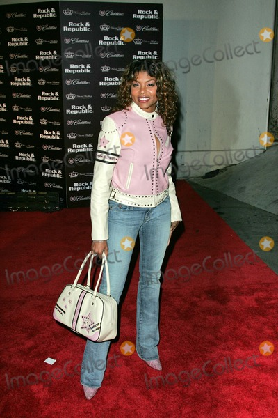 Taraji P Henson Photo - Taraji P Henson at The Rock  Republic Spring 05 Fashion Show Presented by Cadillac Culver Studios Culver City CA 10-29-04