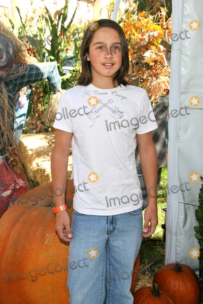 Mitch Holleman Photo - Mitch Hollemanat the Camp Ronald McDonald 15th Annual Family Halloween Carnival Wadsworth Great Lawn Westwood CA 10-21-07