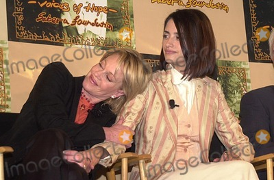 Melanie Griffith Photo - Melanie Griffith and Penelope Cruz at the Sabera Foundation Press Conference helping children and wives in India who have been abandoned CAA Beverly Hills CA 10-10-02