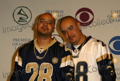 Akwid Photo - Akwid at the 5th Annual Latin Grammy Awards - Press Room Shrine Auditorium Los Angeles CA 09-01-04