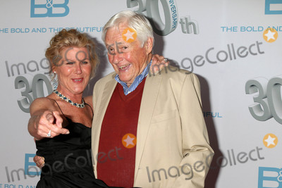 Alley Mills Photo - Alley Mills Orson Beanat the The Bold and The Beautiful 30th Anniversary Party Cliftons Downtown Los Angeles CA 03-18-17