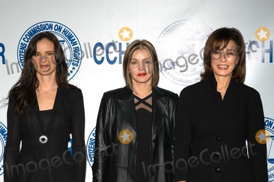 Priscilla Presley Photo - Juliette Lewis Priscilla Presley and Anne Archer at the Human Rights Awards Ceremony presented by the Citizens Commission on Human Rights Beverly Hilton Hotel Beverly Hills CA 02-15-03