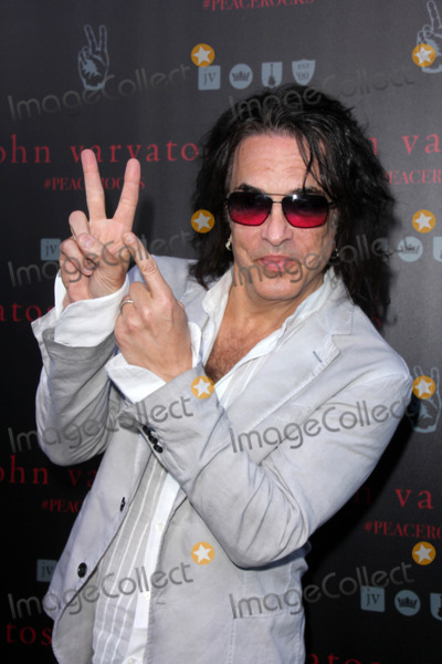 Paul Stanley Photo - Paul StanleyJohn Varvatos And Ringo Starr Celebrate International Peace Day John Varvatos West Hollywood CA 09-21-14David EdwardsDailyCelebcom 818-915-4440