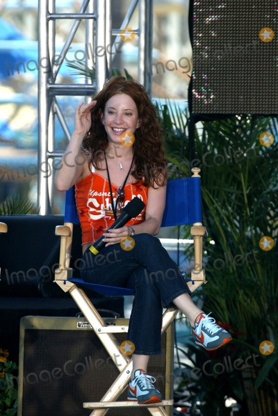Amy Davidson Photo - Amy Davidson at the first day of the ABC Primetime Preview Weekend at Disneys California Adventure Anaheim CA 08-24-02