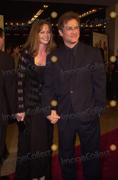 Andrew Stevens Photo -  Andrew Stevens and wife Robyn at the premiere of Warner Brothers The Whole Nine Yards in Century City 02-17-00
