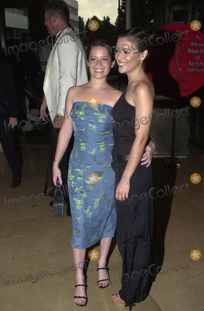 Alyssa Milano Photo -  Holly Marie Combs and Alyssa Milano at the first Hollywood Make-Up and Hair Stylist Awards Beverly Hills 03-19-00