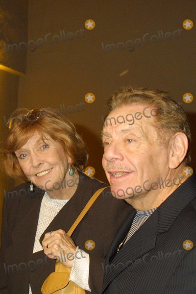 Anne Meara Photo - Anne Meara and Jerry Stiller at the CBS  UPN All Star Party at Avalon Hollywood CA 01-17-04