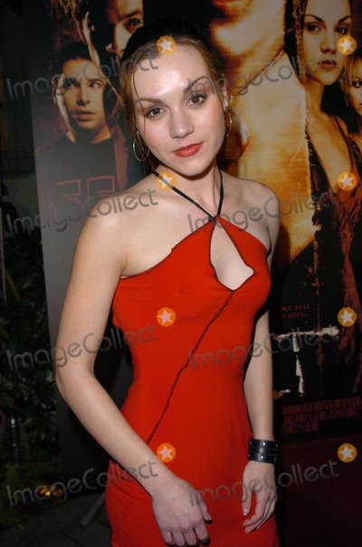 Cult Photo - Rachel Miner at the wrap party for the film Cult White Lotus Hollywood CA 02-22-05