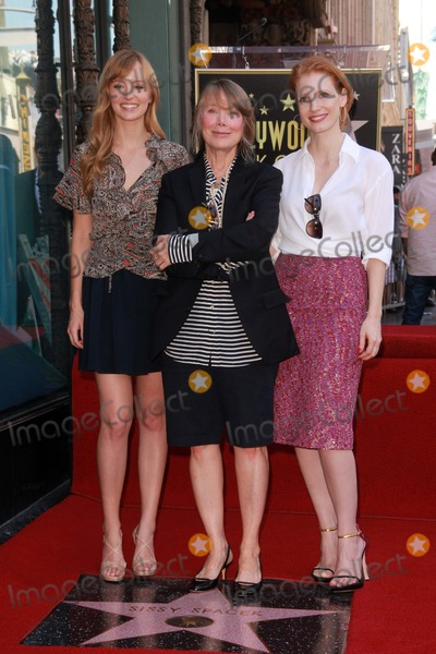 Ahna OReilly Photo - Ahna OReilly Sissy Spacek and Jessica Chastainat Sissy Spaceks induction into the Hollywood Walk of Fame Hollywood Blvd Hollywood CA 08-01-11