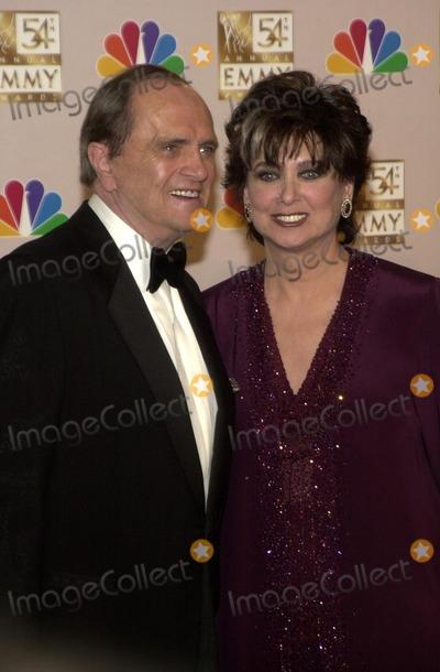 Suzanne Pleshette Photo - Bob Newhart and Suzanne Pleshette at the 54th Annual Emmy Awards Press Room Shrine Auditorium Los Angeles CA 09-22-02