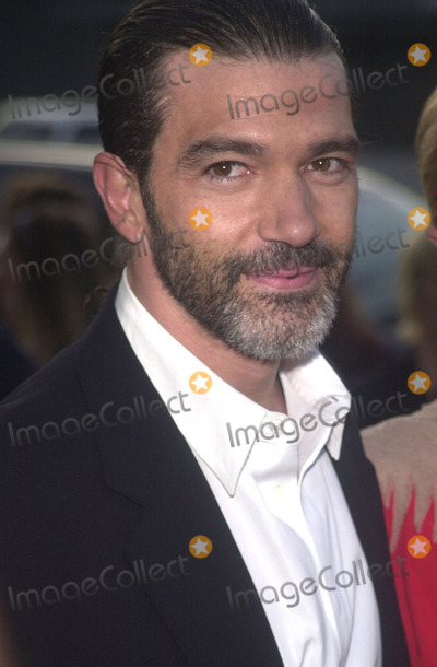 Antonio Banderas Photo - Antonio Banderas at the preniere of MGMs Orignial Sin at the Directors Guild of America Hollywood 07-31-01