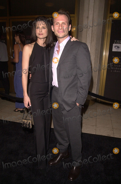 Ryan Haddon Photo -  Christian Slater and wife Ryan Haddon at the premiere of Dreamworks The Contender in Westwood 10-05-00