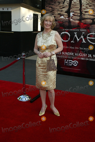 Lindsay Duncan Photo - Lindsay Duncanat the Los Angeles Premiere of the HBO Drama Rome Wadsworth Theater Los Angeles CA 08-24-05