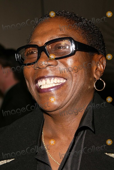 Afeni Shakur Photo - Afeni Shakur at the premiere of Paramount Pictures Tupac Resurrection at the ArcLight Theaters Hollywood CA 11-04-03
