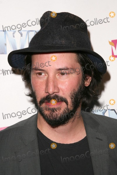 Anvil Photo - Keanu Reeves at the Los Angeles Premiere of Anvil The Story of Anvil The Egyptian Theatre Hollywood CA 04-07-09