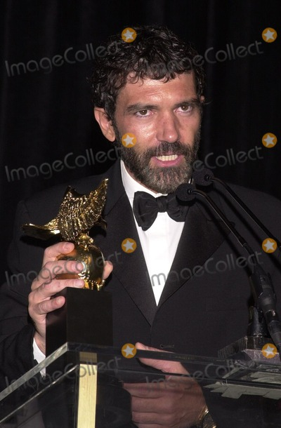 Antonio Banderas Photo - Antonio Banderas at the 32nd Anniversary 2002 Nosotros Golden Eagle Awards Beverly Hilton Hotel Beverly Hills CA 07-26-02