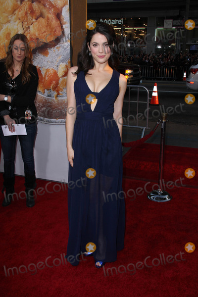 Ali Cobrin Photo - Ali Cobrinat the American Reunion Los Angeles Premiere Chinese Theater Hollywood CA 03-19-12