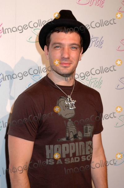 JC Chasez Photo - JC Chasez at the Stride Gum Longest Day of the Year Party Crown Bar Los Angeles CA 06-20-08