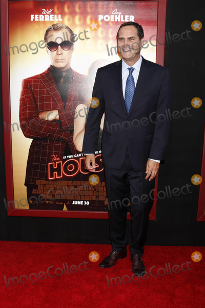 Andy Buckley Photo - Andy Buckleyat the The House Premiere TCL Chinese Theater IMAX Hollywood CA 06-26-17