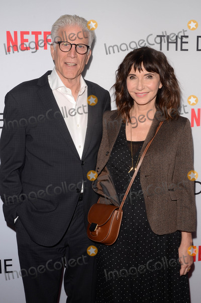 Mary Steenburgen Photo - Ted Danson Mary Steenburgenat The Discovery Los Angeles Special Screening The Vista Theater Los Angeles CA 03-29-17