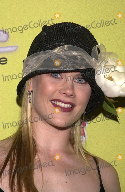 Alison Sweeney Photo - Alison Sweeney at the launch party for BUZZINE Magazine Deep Nightclub Hollywood 04-04-02