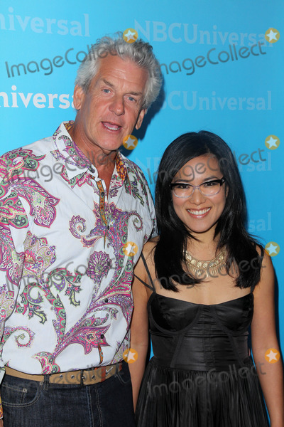 Ali Wong Photo - Lenny Clarke Ali Wongat the NBCUNIVERSAL Press Tour All-Star Party The Athenaeum Pasadena CA 01-06-12