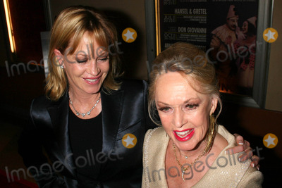 June Allyson Photo - Melanie Griffith and Tippi Hedrenat the tribute show Hollywood Salutes June Allyson The El Portal Theatre Los Angeles CA 11-02-06