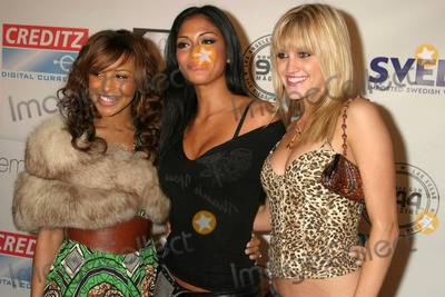 Ashley Roberts Photo - Melody Thornton with Nicole Scherzinger and Ashley Robertsat the New Years Eve 20052006 Mansion Party Private Residence Hollywood CA 12-31-05