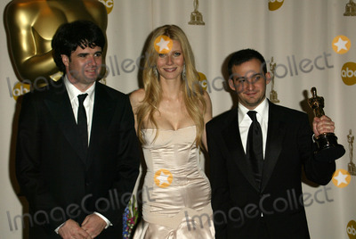 Alejandro Amenabar Photo - Director Alejandro Amenabar and Gwyneth Paltrow at the The 77th Annual Academy Awards - Press Room Kodak Theatre Hollywood CA 02-27-05