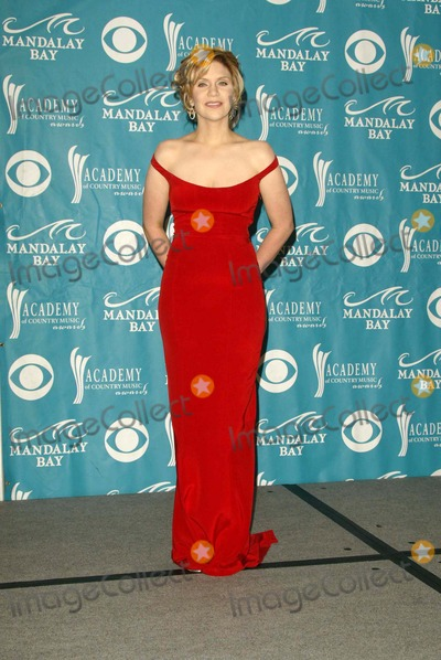 Alison Krauss Photo - Alison Krauss at the 39th Annual Academy of Country Music Awards at the Mandalay Bay Resort and Casino Las Vegas NV 05-26-04